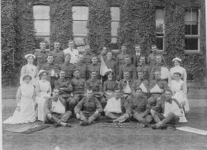 Wounded Soldiers and Nurses at Richmond Hospital Credit: Richmond upon Thames Local Studies Library and Archive