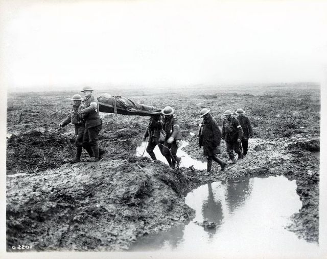 755px-Second_Battle_of_Passchendaele_-_wounded